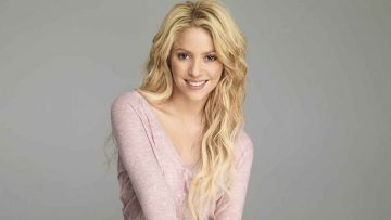 Shakira Isabel Mebarak Ripoll is a Colombian Singer and Songwriter, Songstune.com