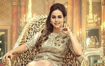 Sunanda Sharma, Songstune.com