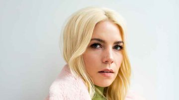 Skylar Grey is an American singer, songwriter and record producer, Songstune.com